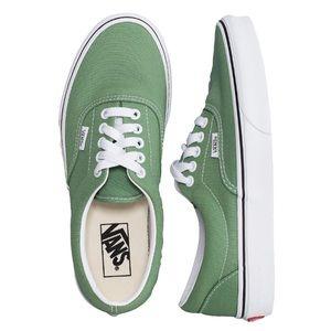VANS - Men's Era Trainers - Shale Green/True White